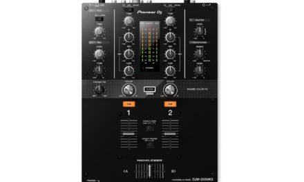 Pioneer sort une table de mixage DVS pour le scratch
