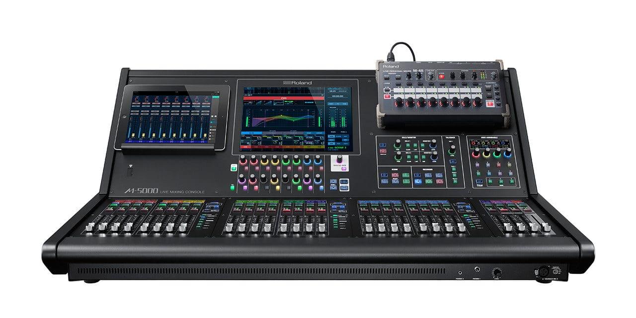 console ROLAND M-5000