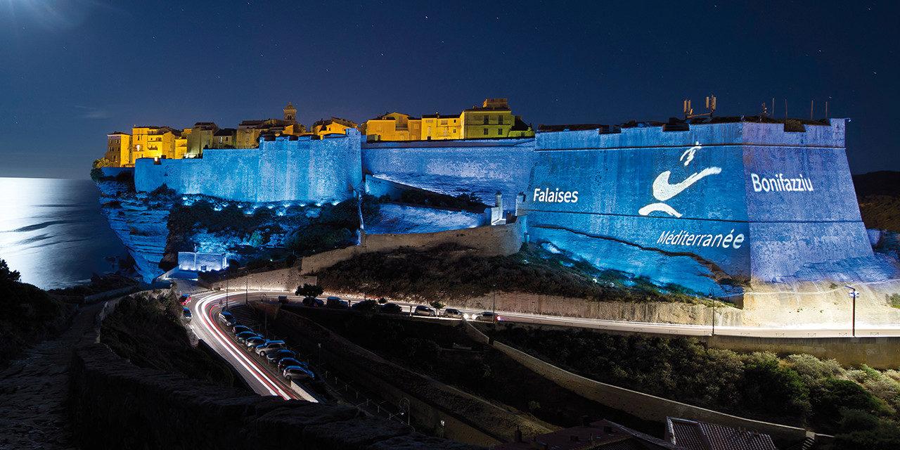 Mise en valeur de la citadelle de Bonifacio par l'éclairage