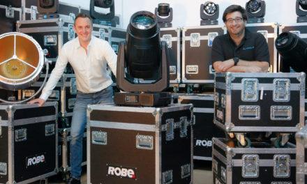 FL Group investit davantage dans Robe