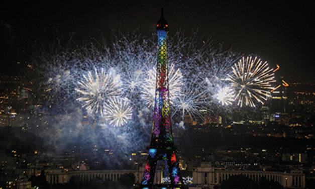 LES PR AQUA 600 SPOT ET 480 BEAM STARS DE LA FÊTE  NATIONALE À PARIS